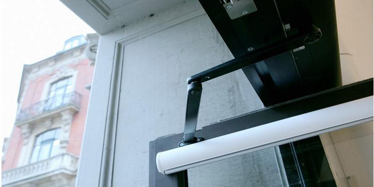 Besam-SW1000B-balance-door-system-detail