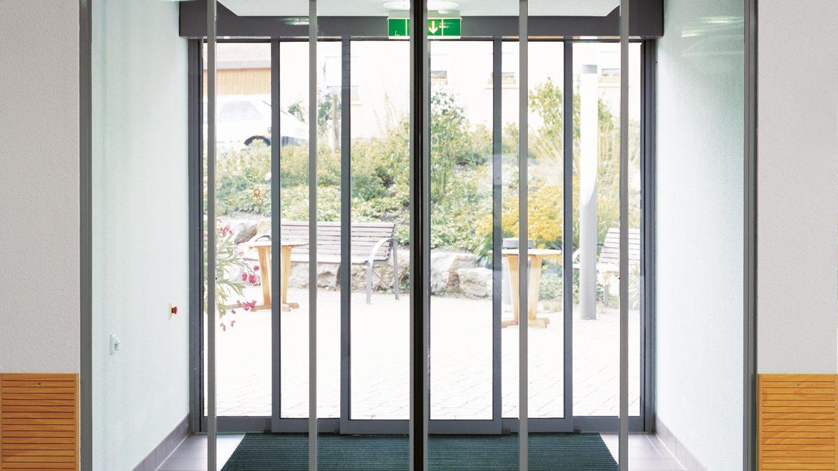Телескопическая раздвижная дверь DORMA TST R