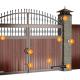 Декорированные ворота - индивидуальность в деталях